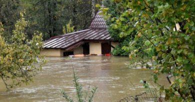 В Словаччині повінь: деякі села повністю під водою (фото, відео)