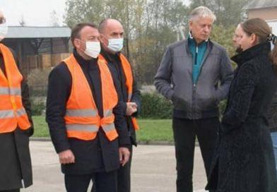 Скандальна агітація на Хустщині: голову Закарпатської ОДА Олексія Петрова не пустили на підприємства