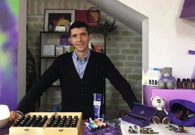 """У дитячому комісійному магазині """"Веселка"""" відбувся безкоштовний майстер-клас з використання ефірних олій всесвітньо відомої фірми doTERRA (відео)"""