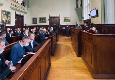В Мукачівській міськраді створили 5 депутатських комісій