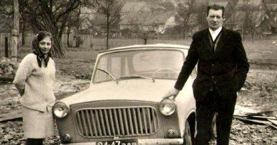 """""""Аеропланьош"""" зі Старого Давидкова. Сільський ґазда сконструював літак, автомобілі, аеромобіль…"""