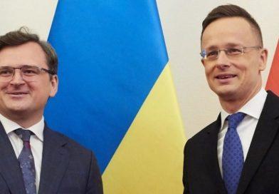 Кулеба перед візитом Сійярто: не треба думати, що в Києві можна диктувати умови
