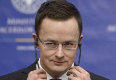 Міністр закордонних справ Угорщини Петер Сійярто хоче, щоб Україна дозволила державне управління мовами меншин