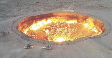Рівно 50 років тому в пустелі Каракуми відкрилися «Ворота в пекло» (фото)