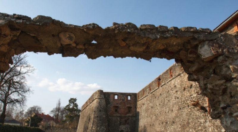 На реставрацію Ужгородського замку та старовинної церкви потрібно 18,6 мільйонів гривень – ОДА